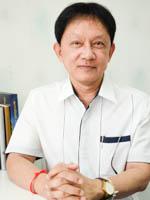 อาจารย์ ดร.พีรศักดิ์ สิริโยธิน :